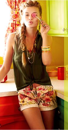 Cutest Beach Outfit!! LOVE the Wet Seal Shorts!