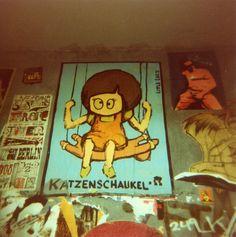 Katzenschaukel : Berlin Graffiti, Fuji, Fictional Characters, Cats, Fantasy Characters