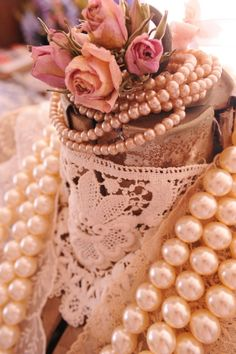 pearls and lace! Ohhh, my favorites!