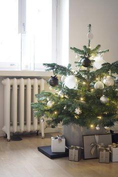 Christmas tag -jouluhaaste (ja meidän ensimmäinen joulu!)
