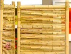 Um biombo de bambu é um item decorativo muito legal para colocar na sala de estar ou no hall de visi