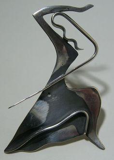 Ed Wiener - Broche argent (env.1955) inspirée par Martha Graham! Sterling Vintage Brooch inspired by the great dancer! Martha Graham, Modern Jewelry, Contemporary Jewellery, Unique Jewelry, Vintage Jewelry, Dance Paintings, Wire Jewelry, Jewelry Art, Silver Jewelry