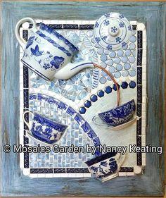 Amazing Homemade Gifts Ideas to Make Yourself Memorable Mosaic Garden Art, Mosaic Flower Pots, Mosaic Pots, Mosaic Wall Art, Mosaic Diy, Mosaic Crafts, Tile Art, Mosaic Glass, Mosaic Tiles
