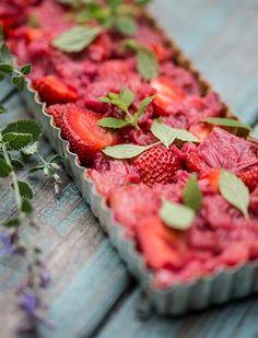 Supremely Simple Strawberry & Rhubarb Tart