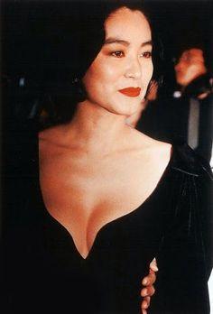 林青霞 Brigette Lin - a retired actress from Taiwan & considered an icon in Chinese cinema