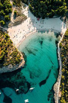 Mondrago heißt der gesamte Naturpark auf Mallorca, zu dem auch die zwei Strände S'Amarador und Playa de Ses Fonts de N'Alis gehören. Mehr auf dem Blog!