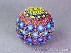 Mandala stone hand painted por AnastasiaHelten en Etsy