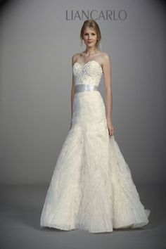 Beautiful wedding dresses from Liancarlo Spring 2013 bridal collection. Feminine silhouettes rendered in tulle, organza and lace are adorned with exquisite embroidery Wedding Dress 2013, Wedding Dress Gallery, Wedding Dress Organza, Sweetheart Wedding Dress, Fall Wedding Dresses, Wedding Dress Styles, Bridal Gowns, Wedding Gowns, 2017 Wedding