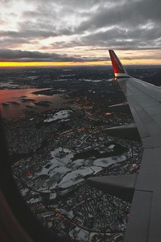 Travel Discover Landscape and Nature Travel Images Travel Pictures Travel Photos Airplane Window Airplane View Airplane Photography Travel Photography Travel Aesthetic Aesthetic Wallpapers Travel Images, Travel Pictures, Travel Photos, Sky Aesthetic, Travel Aesthetic, Airplane Window, Airplane View, Airplane Photography, Travel Photography