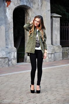 pumps, army green jacket, skinny pants, graphic tee and hair