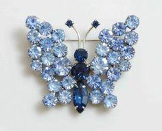 Butterfly Brooch Blue Rhinestones, figural pin, juliana style - Vintage Lane Jewelry - 1