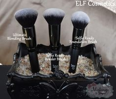 Kinda want to try the selfie ready powder and foundation brushes. I got issues!