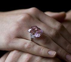 Show me your dream ring :  wedding 100 carat 8 carat asscher celebrity dream ring emerald halo pave Ecb7e7 Ltppinkdia1