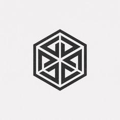 A new geometric and minimal design every day. Geometric Drawing, Geometric Shapes, 1 Tattoo, Body Art Tattoos, Pattern Art, Pattern Design, Typography Design, Branding Design, Op Art