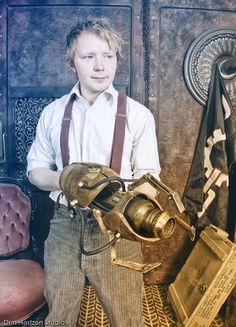 Steampunk Portal Gun! Men have it so easy: button down shirt, trousers, suspenders, boots (or dress shoes with spats), cool gadget, and they've achieved steampunk. Add a hat and it's complete. Must figure out how to adapt for women while still maintaining femininity.