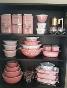 Pyrex Set Pink Bowls Retro Kitchen Decor Antique
