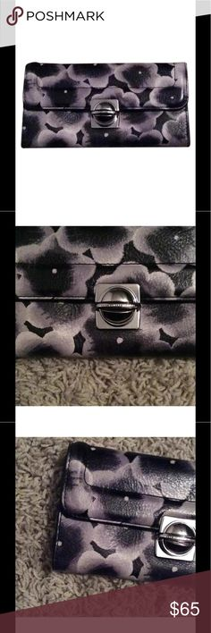 Marc By Marc Jacobs like new wallet Floral wallet great condition 6 card slots place to put cash checkboot I'd window, never used enjoy. This wallet doesn't have tags. Marc By Marc Jacobs Bags Wallets