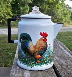 .rooster on coffee pot