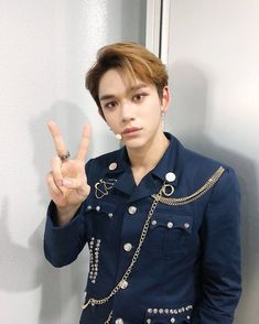 New addition to NCT, Lucas