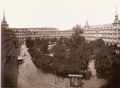 Plaza Mayor. Hacia 1895.