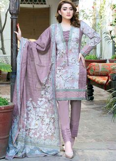 Five Star Printed Lawn Unstitched 3 Piece Suit - Spring / Summer Collection Pakistani Fashion Casual, Pakistani Dresses Casual, Pakistani Dress Design, Pakistani Mehndi, Pakistani Lawn Suits, Pakistani Couture, Salwar Neck Designs, Kurta Neck Design, Kurta Designs Women
