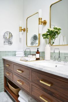 Walnut wood vanity in modern bathroom renovation Dark Wood Bathroom, Master Bathroom, Bathroom Marble, Bathroom Vanities, White Bathroom, Bathroom Furniture, Bathroom Double Vanity, Mid Century Bathroom Vanity, Bathroom Lamps