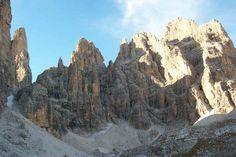 Dolomiti di Brenta - Campanile Basso e Catena degli Sfulmini #visitacomano #dolomitidibrenta