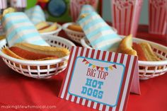 Hot Dogs from a Yummy Greatest Showman Party Food Ideas via Kara's Party Ideas Circus Party Favors, Spy Party, Carnival Birthday Parties, Circus Birthday, Summer Birthday, First Birthday Parties, Party Time, First Birthdays, Cracker Jacks