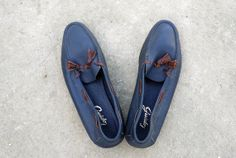 Vintage Blue Leather Tassel Loafers / Women Size 9 by tomacrafts, €35.00
