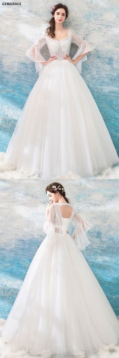 Best wedding dresses with bling ball gown 22 ideas Wedding Gowns With Sleeves, Best Wedding Dresses, Bridal Dresses, Trendy Wedding, Bling Wedding, Gown Wedding, Ball Dresses, Ball Gowns, Flower Girl Dresses