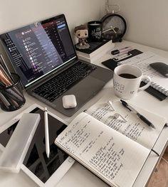 School Organization Notes, Study Organization, Study Motivation, Motivation Inspiration, Study Board, Study Room Decor, School Study Tips, Study Space, Studyblr