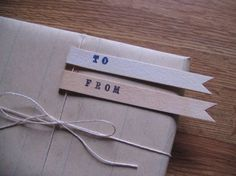 lots of ideas for inexpensive, yet very stylish ways to wrap lovely gifts