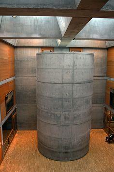 Louis Kahn - Yale Center for British Art, Yale University, 1080 Chapel Street, New Haven, Connecticut