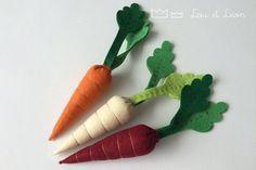 Lou et Leon felt food ! Carrots! Le trio de carottes, parce que toutes les carottes ne sont pas oranges! #louetleon #handmade #doityourself #diy #feltfood #felttoys #food #template #tuto