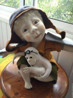 Collectible dolls handmade.  Dreamers.  Tumbler.  Arts and crafts fair.  Doll of felt, felting