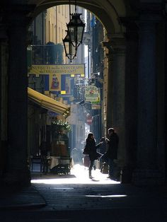 bluepueblo:    Light and Shadow, Torino, Italy  photo via indivis
