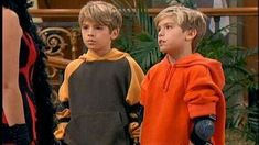 Cole M Sprouse, Dylan Sprouse, Sprouse Bros, Dylan E Cole, Zack Et Cody, Suit Life On Deck, Kim Rhodes, Old Disney Channel, Justin Bieber Selena Gomez