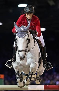 Penelope Leprevost ~ Like this rider's quiet style and phenomenal form