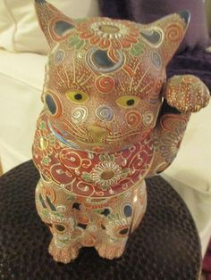 Vintage Maneki Neko Japan Beckoning Good Luck Cat Figurine Bought in the UK 1970 antiques fair in Brighton Sussex, Kutani cat figurine I was told it dates from the 40's -i hand painted gilded with rai