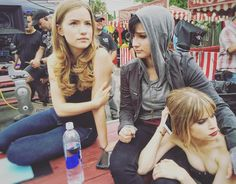 Willa Fitzgerald, Bex Taylor Klaus, and Carlson Young