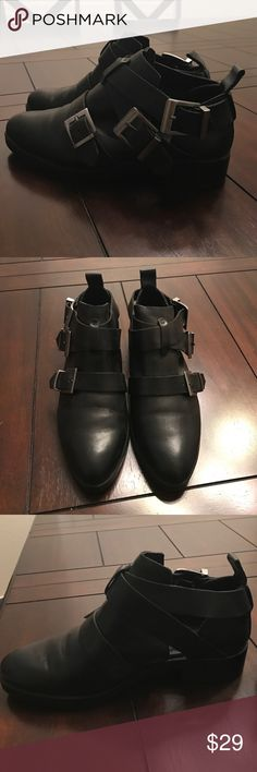 Zara Leather Boucher Shoes Only worn twice. In good condition. Zara Shoes Flats & Loafers