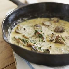 Mushroom Pasta Sauce: ½ lb mushrooms 1 onion finely chopped, 2 garlic cloves, 2 tbsp olive oil, ½ c dry white wine or chicken stock, 1½ c cream, 2tbsp chopped fresh tarragon/herbs, salt/pepper to taste