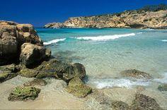 Cala Tarida, Ibiza - Playas escondidas y perfectas en España