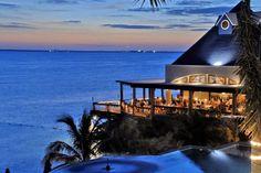 Un panorama espectacular del mar lo puedes obtener en Hotel Villa Rolandi.