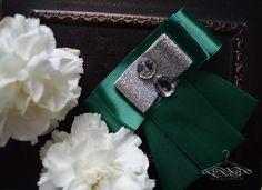 handmade by domkadesign  smaragd brooch for woman