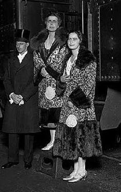 Queen Marie of Romania with Prince Ncholas and Princess Ileana, Seattle, November 1926 Queen Victoria Children, Queen Victoria Family, Romanian Royal Family, Princess Alexandra, Royal House, Ferdinand, Queen Anne, British Royals, Descendants
