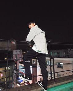 rockin @enzoblues #enzoblues #엔조블루스 Kwon Min, Rapper, Asian Celebrities, Celebs, Hip Hop And R&b, Ideal Man, Kpop, Hip Hop Artists, Korean Artist