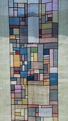 korean (I think) patchwork technic Fiber Art Quilts, Textile Fiber Art, Quilted Curtains, Korean Crafts, Quilt Modernen, Creative Textiles, Contemporary Quilts, Korean Art, Fabric Manipulation