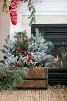 Decoraciones navideñas usando cajas de madera