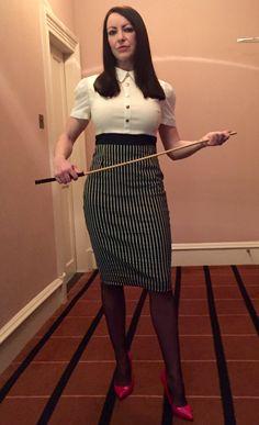 How do i spank a naughty girl?